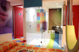 Banheiros modernos por DIN Interiorismo