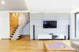 Panele z betonu architektonicznego: styl , w kategorii Salon zaprojektowany przez IN