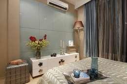 Bedroom designs: modern Bedroom by Tanish Design