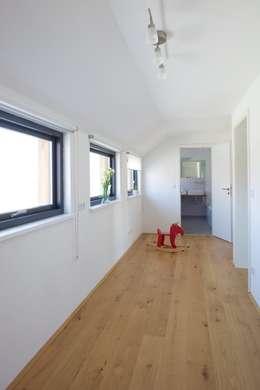 einfamilienhaus mit skandinavischer leichtigkeit. Black Bedroom Furniture Sets. Home Design Ideas