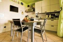 Cozinhas modernas por ATELEON