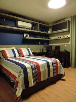 Dormitorios de estilo  por Camila Frizzas Interiores