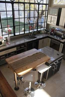 غرفة السفرة تنفيذ laura zilinski arquitecta