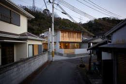 asian Houses by 辻健二郎建築設計事務所