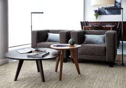 Penthouse: Salon de style de style Moderne par ANNA DUVAL