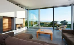 Sandhills Open Plan Living Room with Stunning Views: modern Living room by Barc Architects