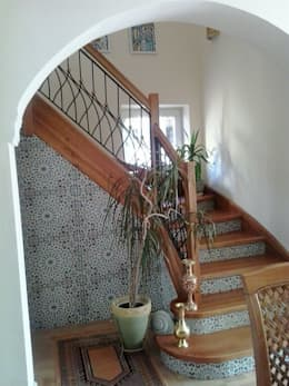 Kolory Maroka의  복도, 현관 & 계단