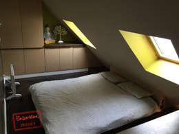 Appart sous les toits: Chambre de style de style Scandinave par Padeker
