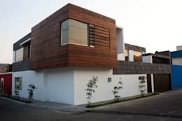 modern Houses by Arquimia Arquitectos