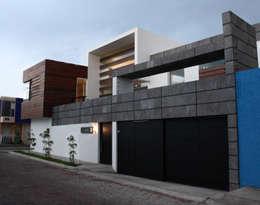 Casa J+S ARQUIMIA ARQUITECTOS: Casas de estilo moderno por Arquimia Arquitectos