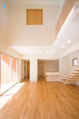 プラソ建築設計事務所의  거실