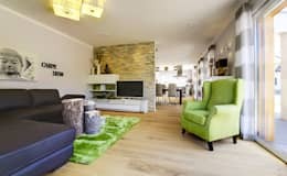Licht-Design Skapetze GmbH & Co. KG: modern tarz Oturma Odası