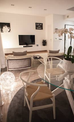 رہنے کا کمرہ  by Archidromo - Circuito di Architettura -