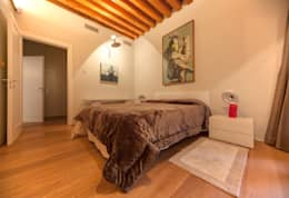 Habitaciones de estilo moderno por studiodonizelli