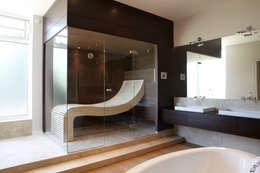 Projekty, nowoczesne Spa zaprojektowane przez Erdmann Exklusive Saunen