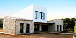 Casas de estilo rústico por JAIME SALVÁ, Arquitectura & Interiorismo