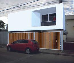 VHA Arquitectura: akdeniz tarzı tarz Evler