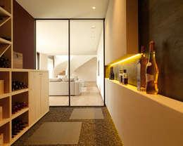Cave à vin de style de style Moderne par Meier Architekten GmbH