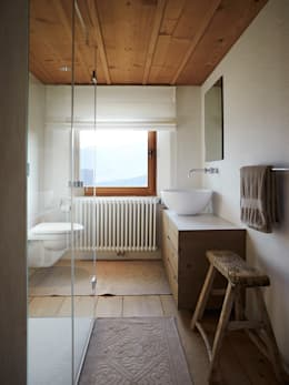 rustic Bathroom by Meier Architekten GmbH