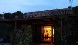 Casas de estilo  por Estudio de Arquitectura 2E+1L