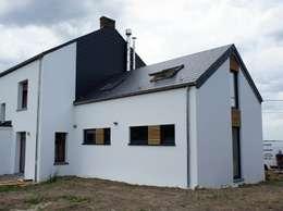 Habitation et cabinet médical à Sombreffe: Maisons de style de style Moderne par Bureau d'Architectes Desmedt Purnelle