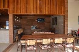 O telhado forrado é melhor?: Piscinas rústicas por Solange Figueiredo - ALLS Arquitetura e engenharia