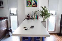 minimalistic Dining room by MINBAI