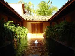 Casas de estilo  por José Vigil Arquitectos