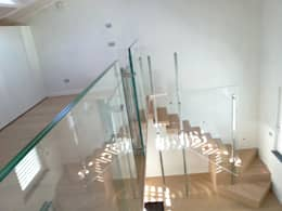 Corridor & hallway by Marlegno