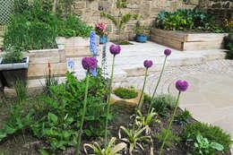 rustieke & brocante Tuin door Yorkshire Gardens