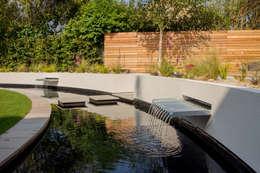 moderne Tuin door J B Landscapes LTD