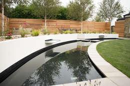 Jardines de estilo moderno por Yorkshire Gardens