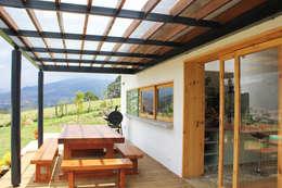 Projekty, nowoczesne Domy zaprojektowane przez interior137 arquitectos