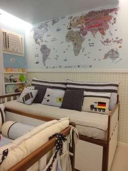 modern Nursery/kid's room by Maria Helena Torres Arquitetura e Design