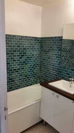Ancienne salle de bain:  de style  par Agence Manuel MARTINEZ