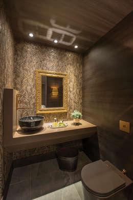 Baños de estilo clásico por Ronald T. Pimentel Fotografia