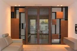 Corridor & hallway by Emmeti Srl