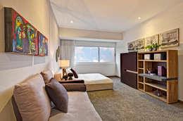 غرفة الميديا تنفيذ Lopez Duplan Arquitectos