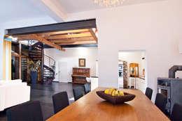 SCHWEIKERT SCHILLING Architektur und Gestaltung: klasik tarz tarz Yemek Odası