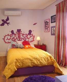 modern Bedroom by Bruna Riscali Arquitetura e Design