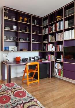 Bruna Riscali Arquitetura e Design: modern tarz Çalışma Odası