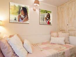 Stampa diretta su legno - Home decor: Camera da letto in stile in stile Rustico di lizea sas