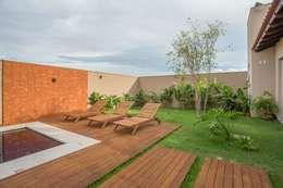 Piscinas de estilo rural por Biloba Arquitetura e Paisagismo
