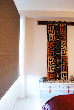 Expresión congoleña: Dormitorios de estilo ecléctico por Diseñadora Lucia Casanova