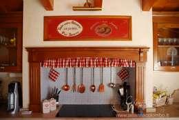 Cocina de estilo  por Ghirigori Lab di Arianna Colombo