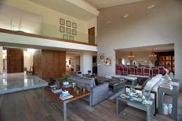 غرفة المعيشة تنفيذ ARCO Arquitectura Contemporánea