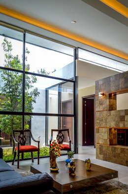 modern Living room by Wowa