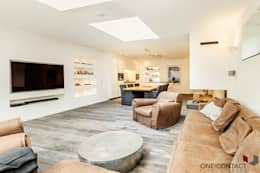 modern Media room by ONE!CONTACT - Planungsbüro GmbH