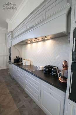 Stanowisko okapowe: styl , w kategorii Kuchnia zaprojektowany przez ARTYSTYCZNA MANUFAKTURA MEBLE