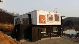 modern Houses by 신짱 칼라하우스